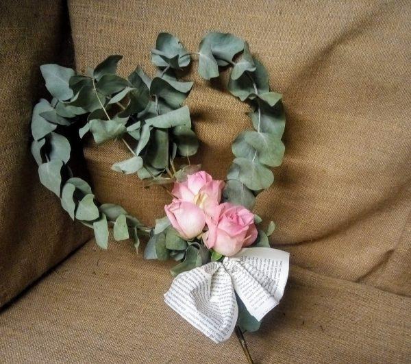 cuore eucalipto e rose